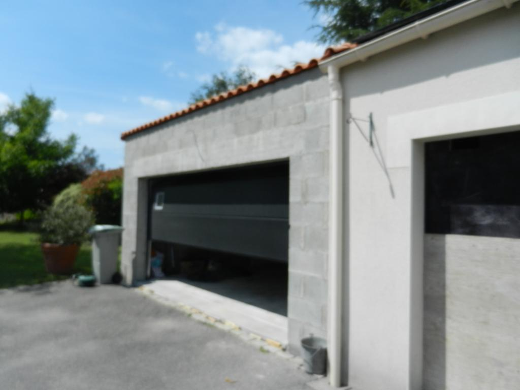 Vue de la construction d'un garage